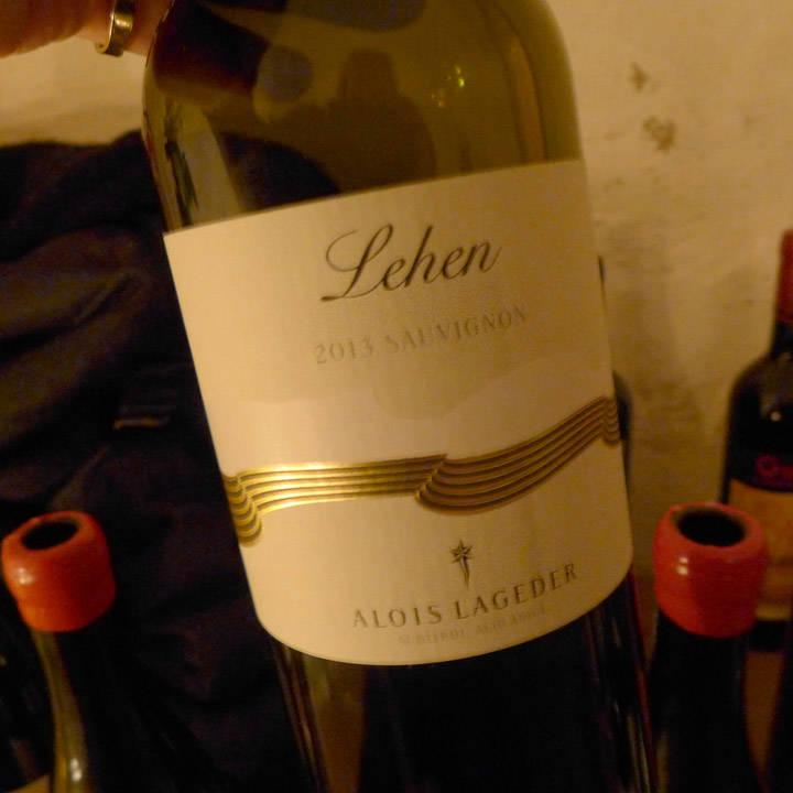 Nydelig hvitvin fra Syd-Tyrol til første rett.