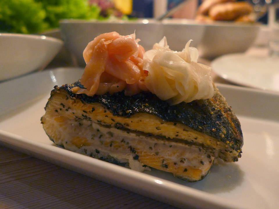 En tørr fisk med japansk innslag i form av syltet ingefær. Skal si denne restauranten tar oss med verden rundt.