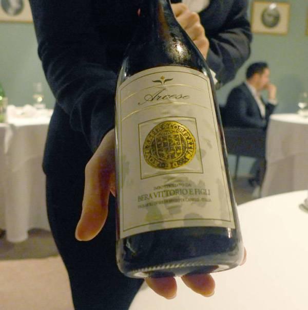 Lett perlende vin fra Piemonte til neste rett.