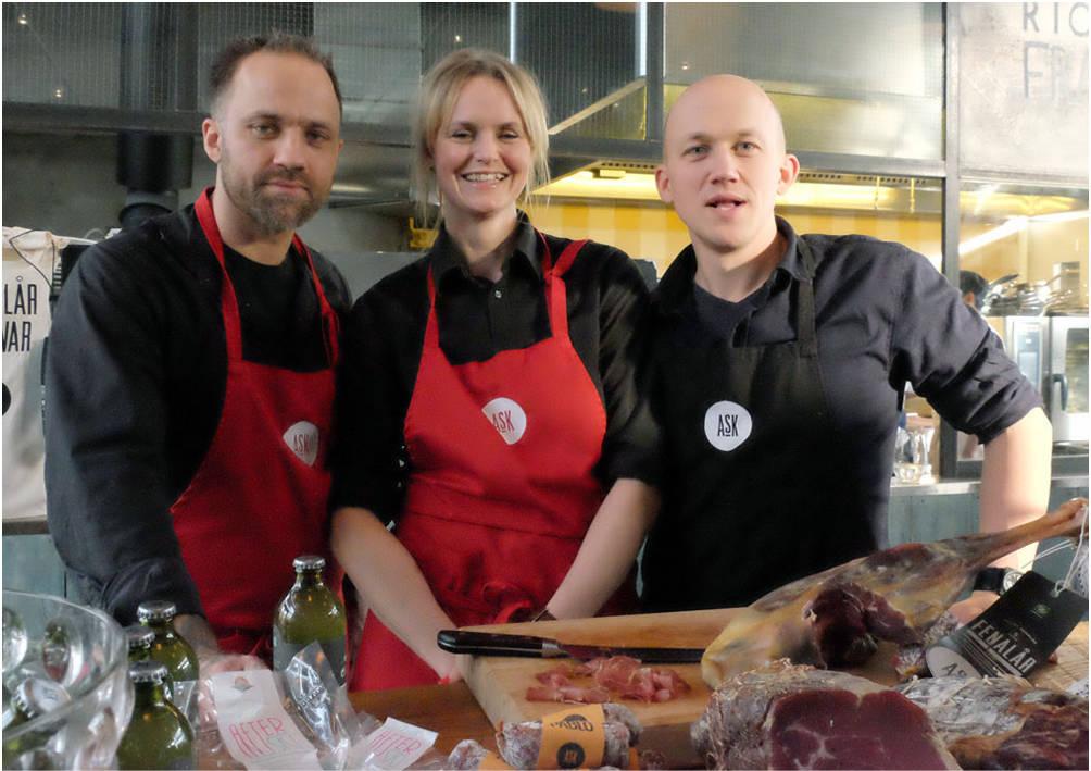 Kristoffer, Anne Marte og Andreas Evang ved Ask Gård. Jeg gleder meg til kombucha-teen deres kommer i salg, for den er foreløpig den beste jeg har smakt.