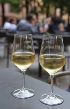 Deilig vin på glass.