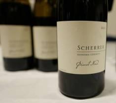 Sonoma County Pinot Noir fra Scherrer. Kr 379. Fantastisk vin fra California. Masse krydder og fylde.
