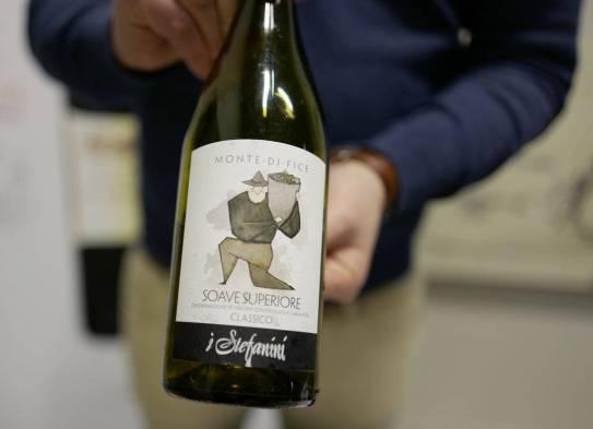 Soave Superiore DOCG Monte di Fice 2014 fra Stefania koster kr. 239,50. Krafig hvitvin som passer perfekt til kremet pasta, sjømat og smørbaserte sauser.
