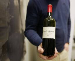 Rocca di Frassinello 2012 fra Rocca di Frassinello passer til grillet kjøtt. Superkraftig og deilig vin til kr. 489,30.