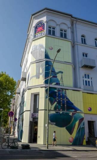Berlin_germany_helleskitchenL1510586