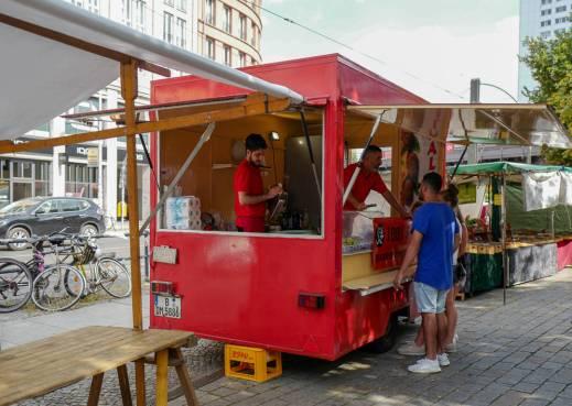 Berlin_germany_helleskitchenL1510904
