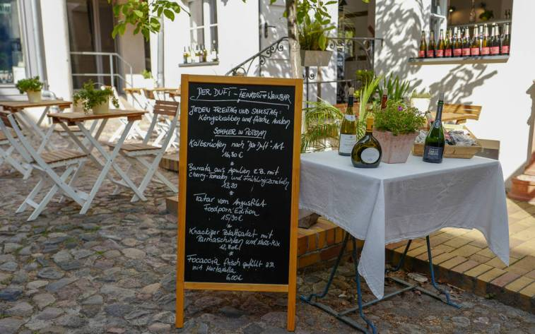 Potsdam_germany_helleskitchenL1510383