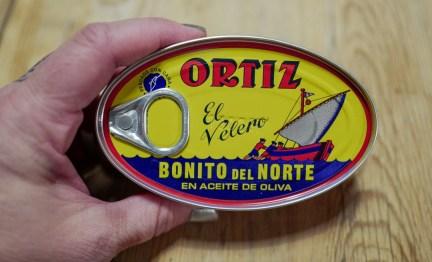 Se etter denne boksen i større supermarkeder. Meget bra kvalitet. (Hell av oljen før bruk)