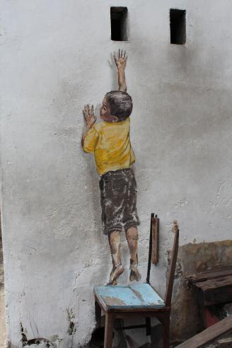 """""""Reaching Up"""" Mural, Cannon Street, George Town, Penang"""