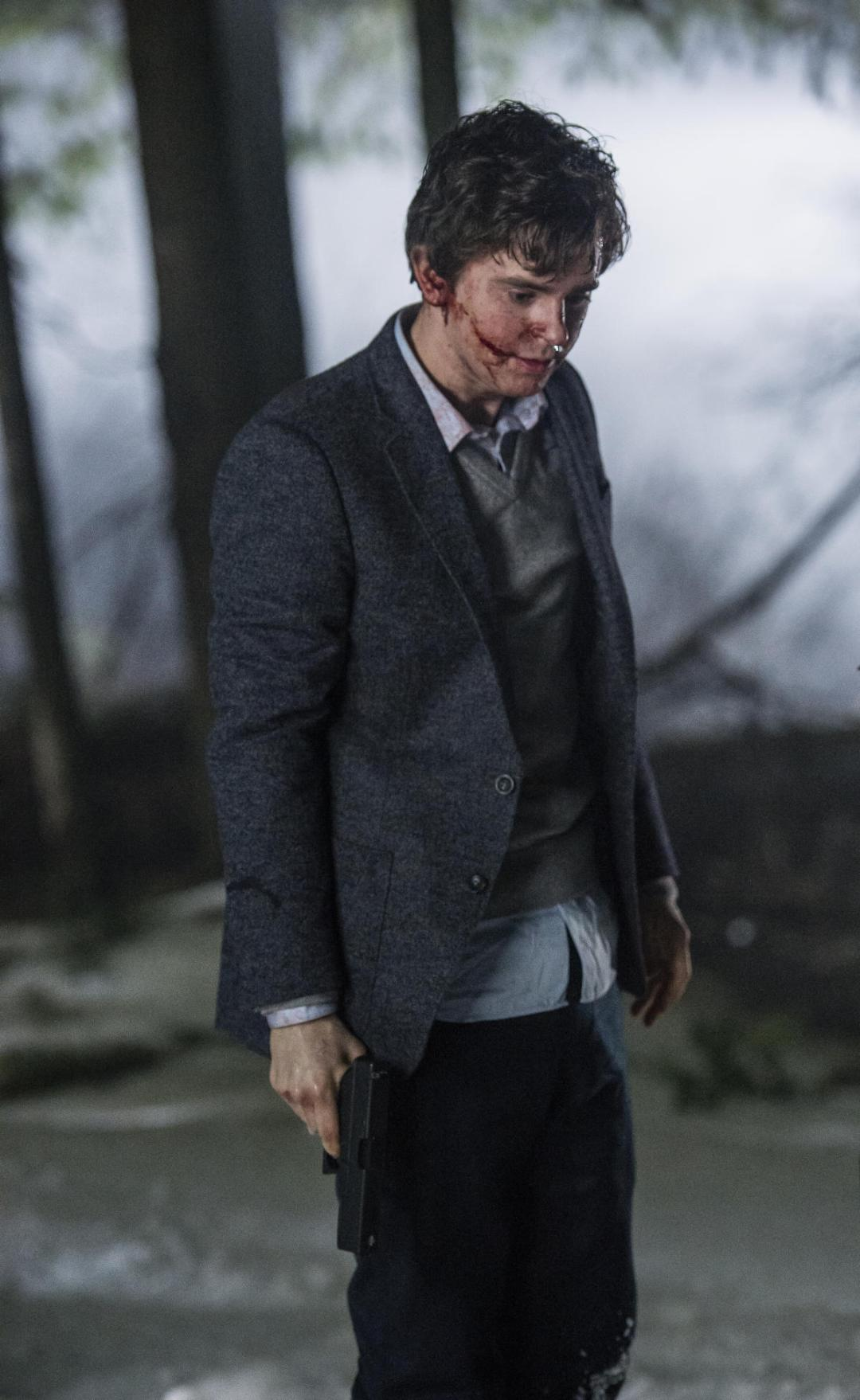 Final Previews for the 'Bates Motel' Finale!