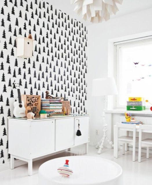 Habiller un mur blanc comment d corer un salon peu - Decorer un mur blanc ...