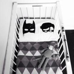 chambre-enfants-noir-et-blanc-4
