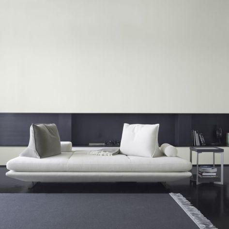Day Bed // Hëllø Blogzine www.hello-hello.fr #daybed #cinna #prado