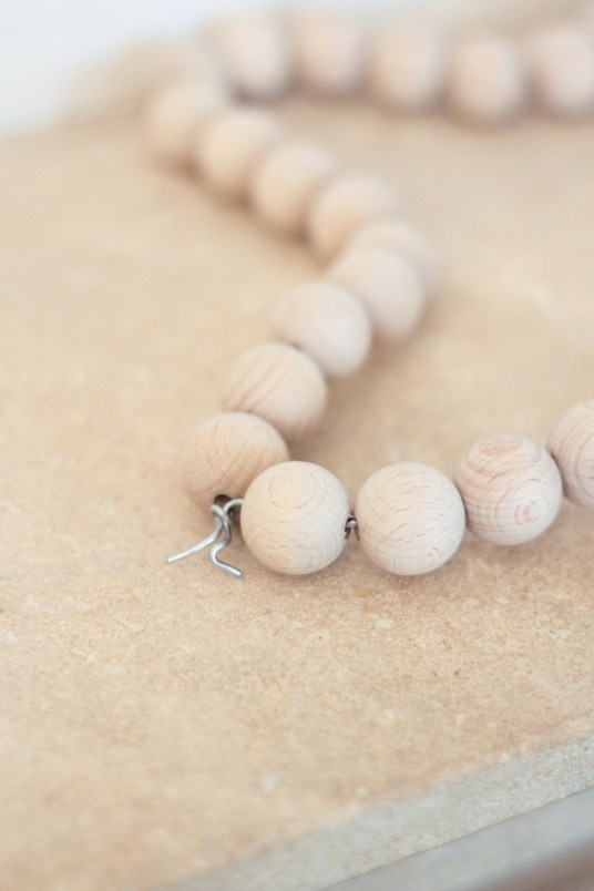 DIY étoile en perles de bois // Hëllø Blogzine www.hello-hello.fr