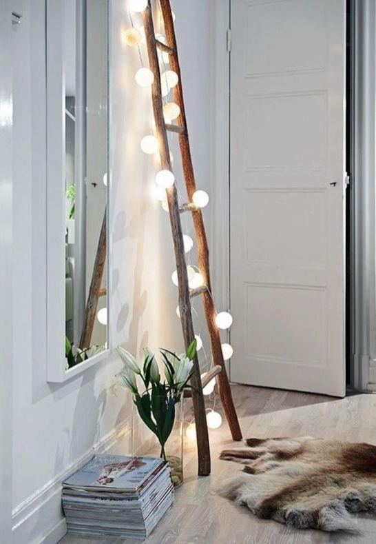 8 id es originales pour accrocher une guirlande chez soi - Accrocher miroir au mur ...