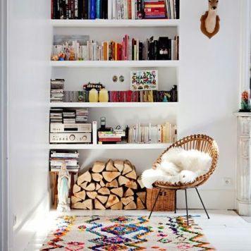inspiration-deco-boheme-chic-fauteuil-rotin-tapis-boucherouite