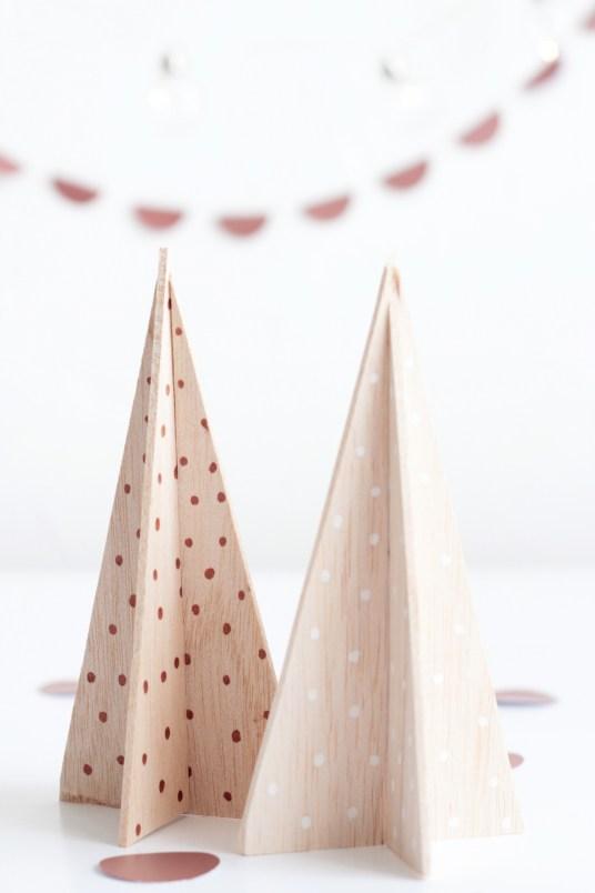 DIY Mini Wooden Trees // Hëllø Blogzine www.hello-hello.fr