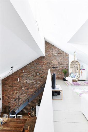 le charme des murs en briques. Black Bedroom Furniture Sets. Home Design Ideas