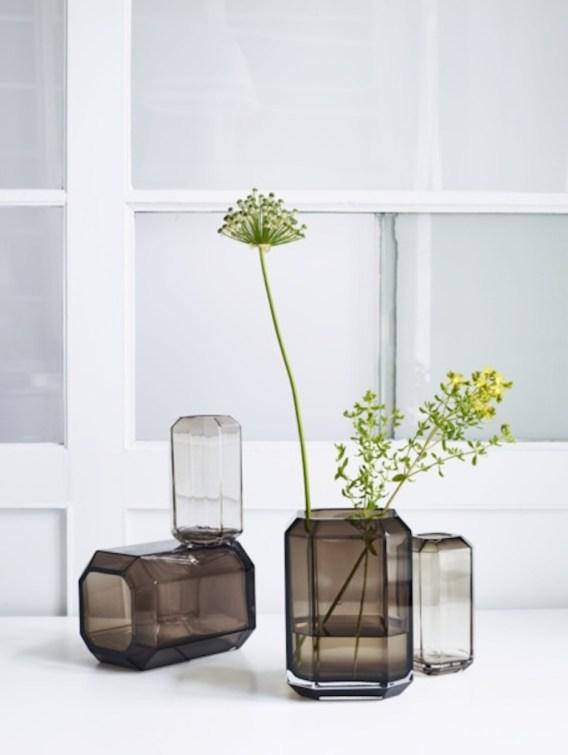 vase louise roe