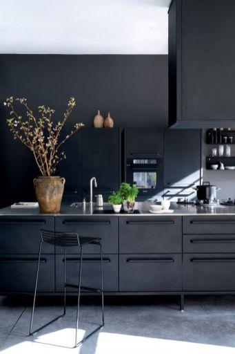 Modern Kitchen // Hëllø Blogzine www.hello-hello.fr