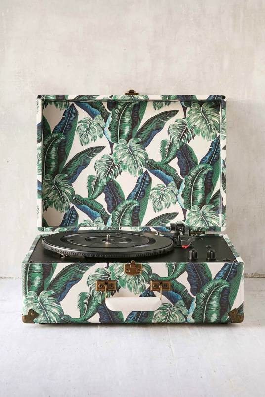 crosley platine palm Urban Outfitters / Hëllø Blogzine - www.hello-hello.fr