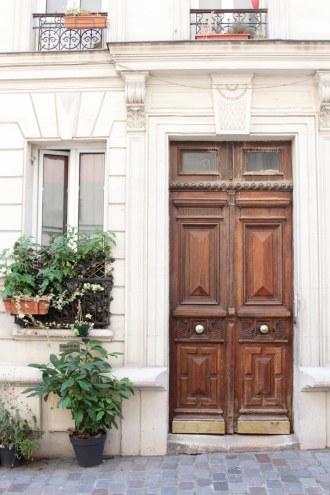Vintage parisian apartment // Hëllø Blogzine blog deco & lifestyle www.hello-hello.fr
