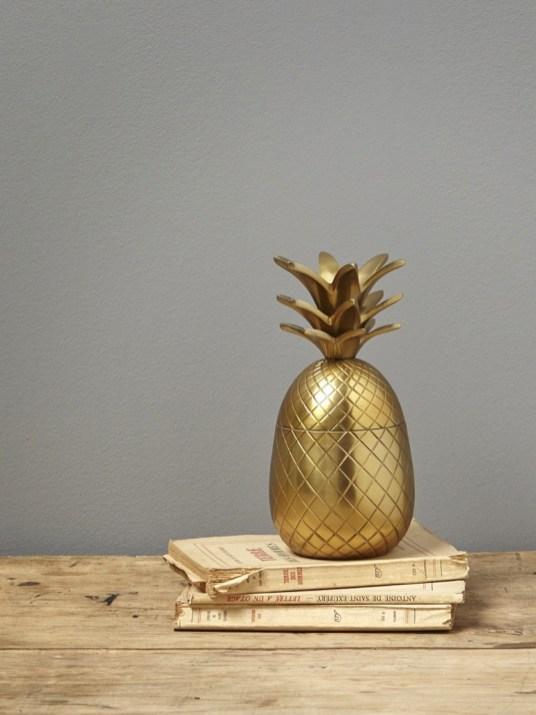 boite ananas dore// Hëllø Blogzine blog deco & lifestyle www.hello-hello.fr