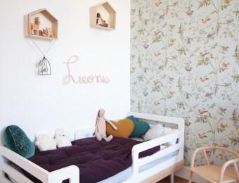 La chambre de Léonie. Déco chambre fille, romantique et vintage // Hëllø Blogzine blog deco & lifestyle www.hello-hello.fr #vintage #retro #oeuf