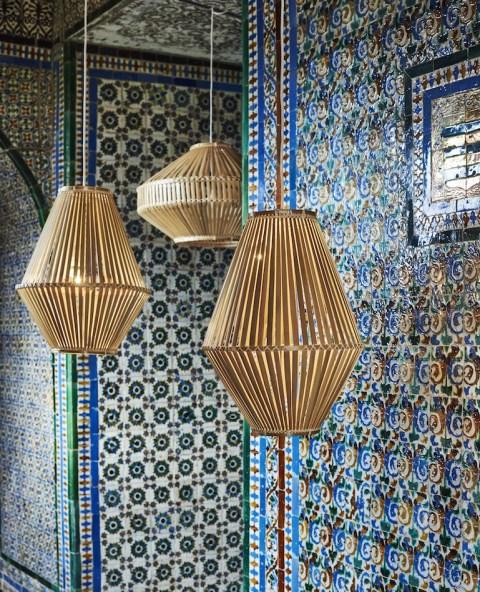 de jolis suspensions en rotin pour des luminaires boh mes et tendance. Black Bedroom Furniture Sets. Home Design Ideas