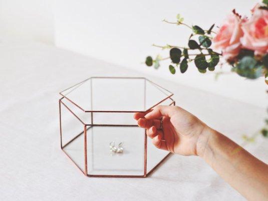Boite à bijoux en verre // Hëllø Blogzine blog deco & lifestyle www.hello-hello.fr
