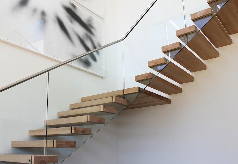 L 39 escalier 1m2 de eestairs une vraie solution gain de place for Changer escalier de place