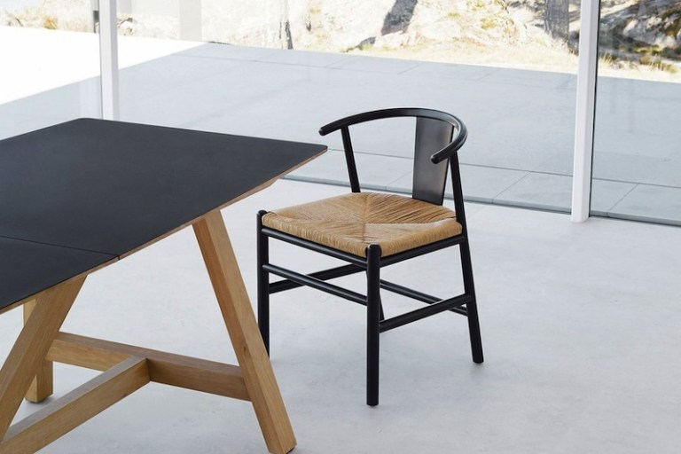Chaise design minimaliste scandinave et ethnique Hëllø Blogzine blog deco & lifestyle www.hello-hello.fr