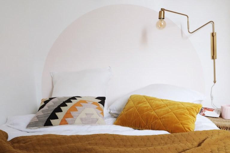 Comment réaliser une tête de lit ronde en peinture ?