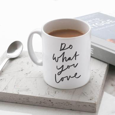 Mug Do What You Love Etsy // Hëllø Blogzine blog deco & lifestyle www.hello-hello.fr