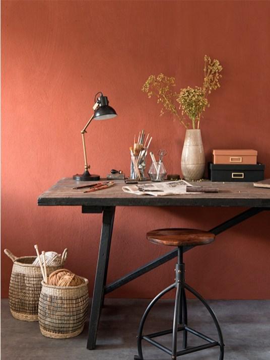 la couleur terracotta impose sa teinte ensoleill e dans la maison. Black Bedroom Furniture Sets. Home Design Ideas