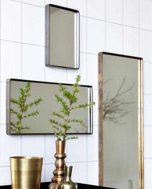 Miroirs rectangulaires en laiton Idées cadeaux // Hëllø Blogzine blog deco & lifestyle www.hello-hello.fr