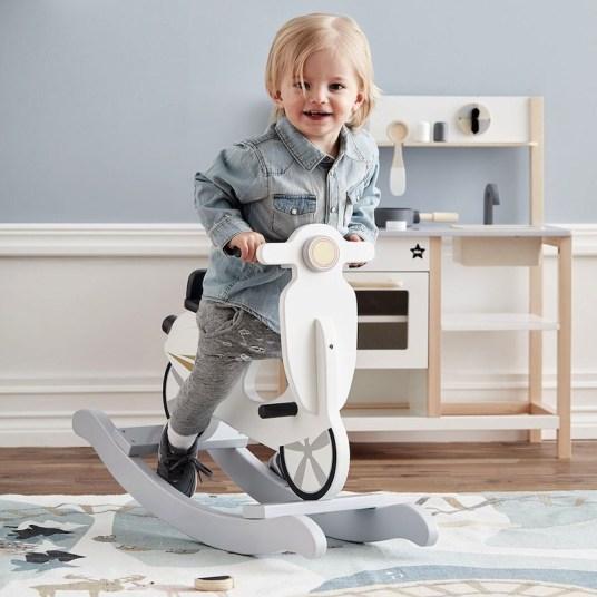Scooter à bascule design Fermob // Hellø Blogzine, blog déco lifestyle - www.hello-hello.fr