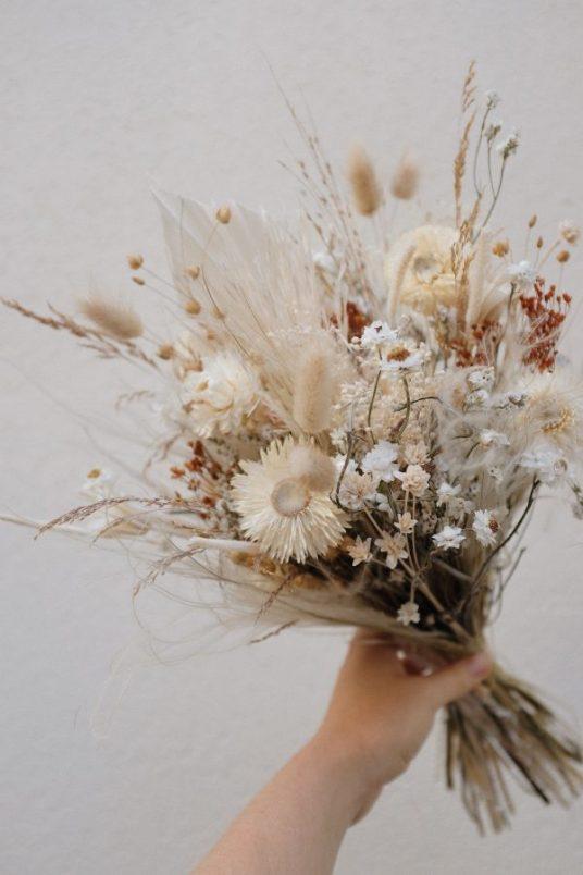 Fleurs séchées // Hellø Blogzine blog deco & lifestyle www.hello-hello.fr