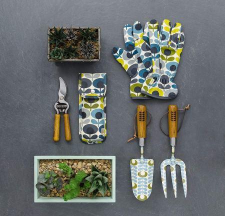 Des accessoires stylés pour le jardinage - Gardening accessories // Hellø Blogzine blog deco & lifestyle www.hello-hello.fr