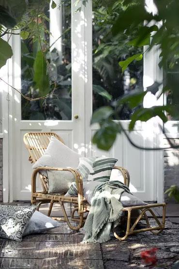 Du beau mobilier de jardin pour buller sur sa terrasse // Hëllø Blogzine blog deco & lifestyle www.hello-hello.fr