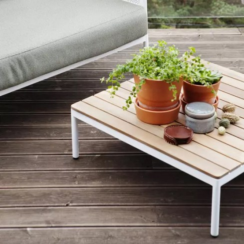 Du beau mobilier de jardin en bois - Outdoor wood furniture // Hellø Blogzine blog deco & lifestyle www.hello-hello.fr