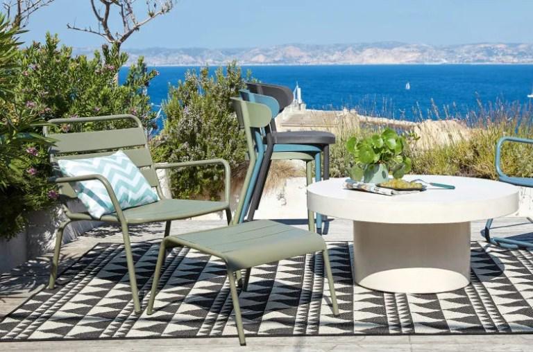 Fauteuil jardin en métal avec repose pieds en soldes // Hellø Blogzine blog deco et lifestyle www.hello-hello.fr