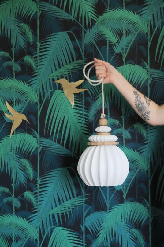 Lampe Sandrine Tortikian // Hellø Blogzine blog deco & lifestyle www.hello-hello.fr