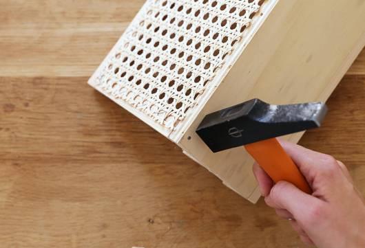 DIY organiseur de bureau en cannage // Hellø Blogzine - Blog déco Lifestyle - www.hello-hello.fr