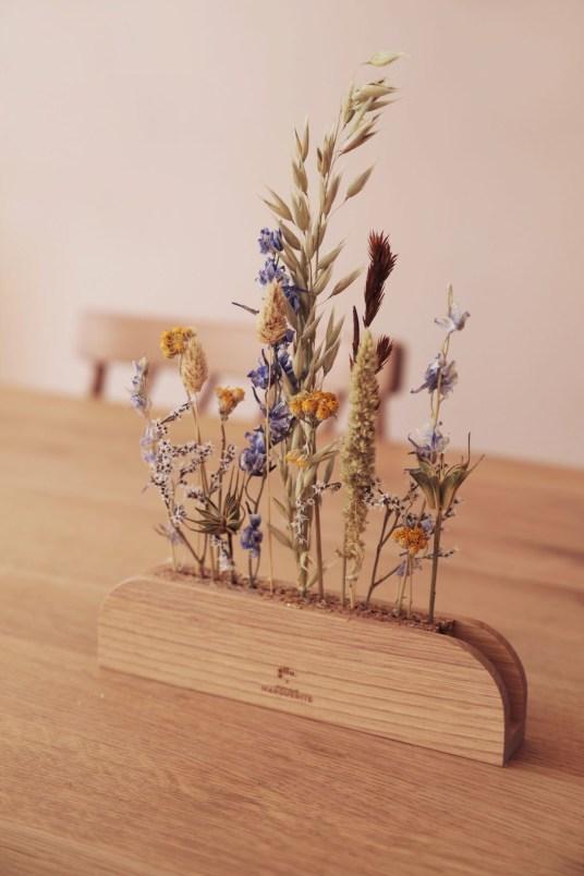 Vase en bois pour fleurs séchées Gllu x Monsieur Marguerite // Hellø Blogzine blog deco & lifestyle www.hello-hello.fr