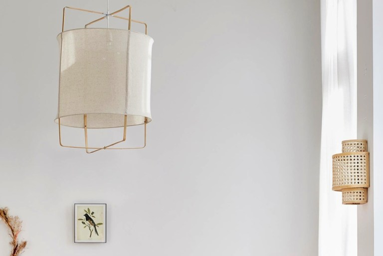 Lampe lin et blambou style thaï // Hellø Blogzine - Blogdéco Lifestyle - www.hello-hello.fr