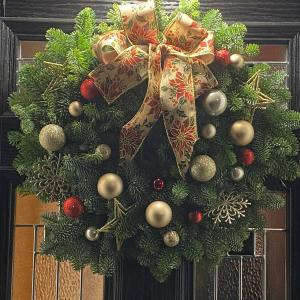 Hello Petal Florist Christmas Door Wreath
