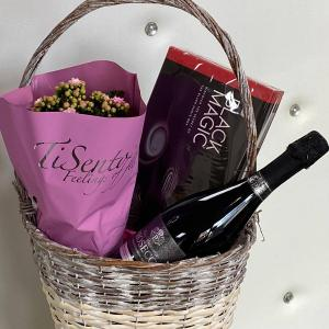 Large Oval Basket with 75cl Prosecco, 348g Black Magic Chocolates & Kalanchoe Plant - Hello Petal Florist Glasgow