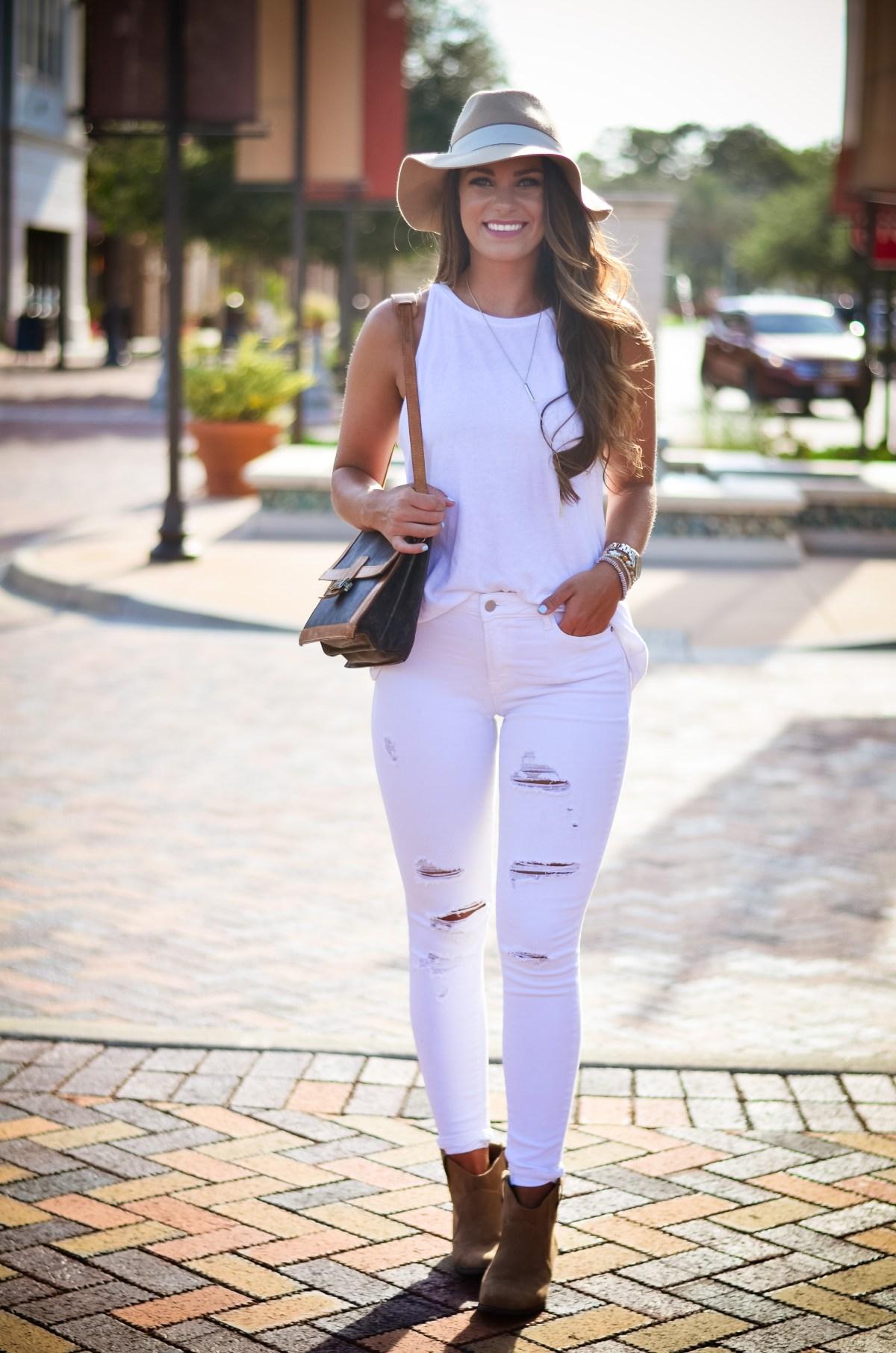 white on white floppy hat hello alley-25
