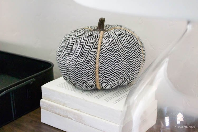 Simple Fall Decor with mudcloth and chevron pumpkins!